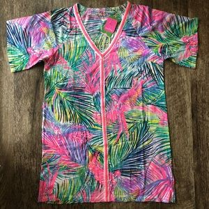 NEVER WORN Lilly Pulitzer cover up.